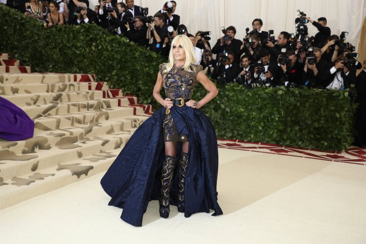 red-carpet-met-gala-896-donatella-versace-superJumbo.jpg